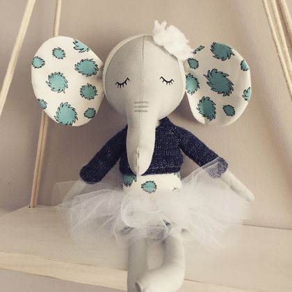 ZEALOUS DESIGN HEIRLOOM ANIMAL - ballerina Ellie
