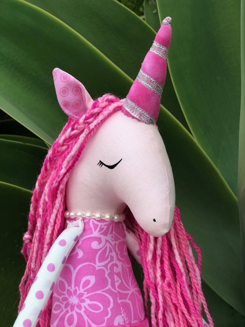 ZEALOUS DESIGN HEIRLOOM UNICORN - Pretty Pinky