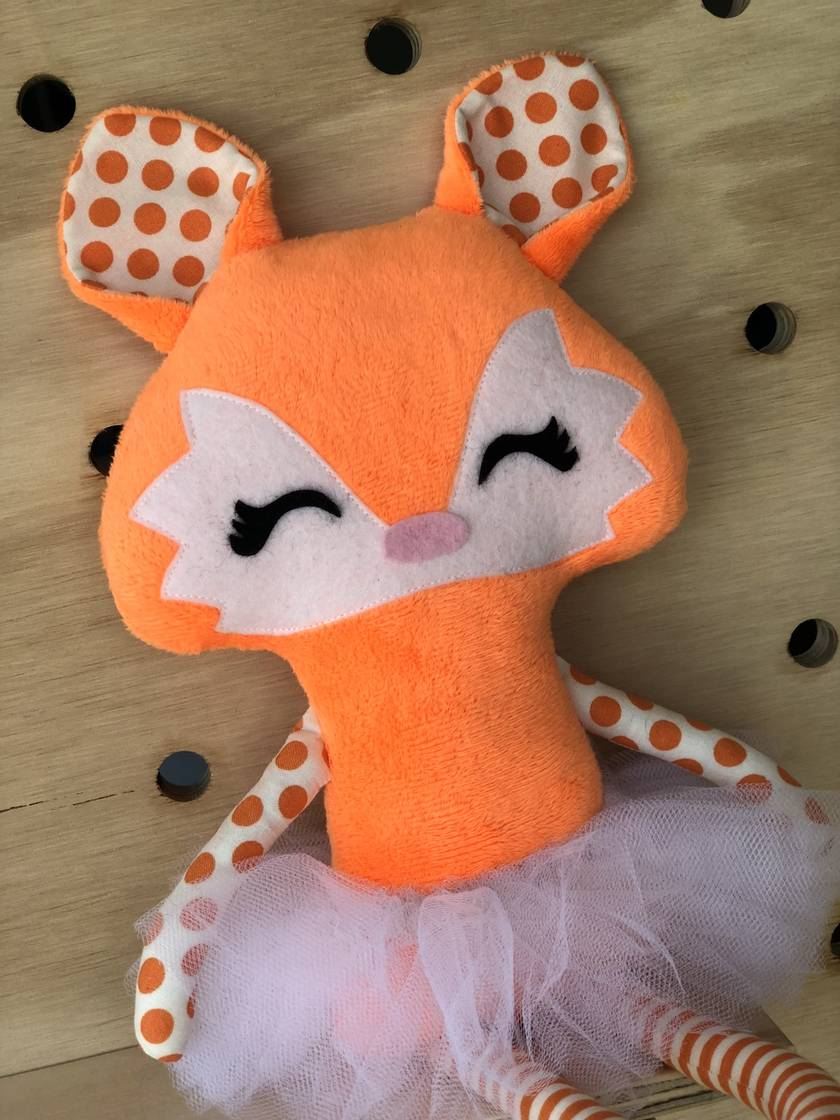 ZEALOUS DESIGN DRESS UP FOX