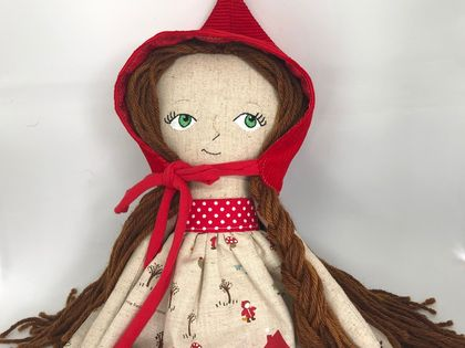 HEIRLOOM DOLL - Little red riding hood