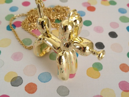 Balloon Dog Necklace : Gold