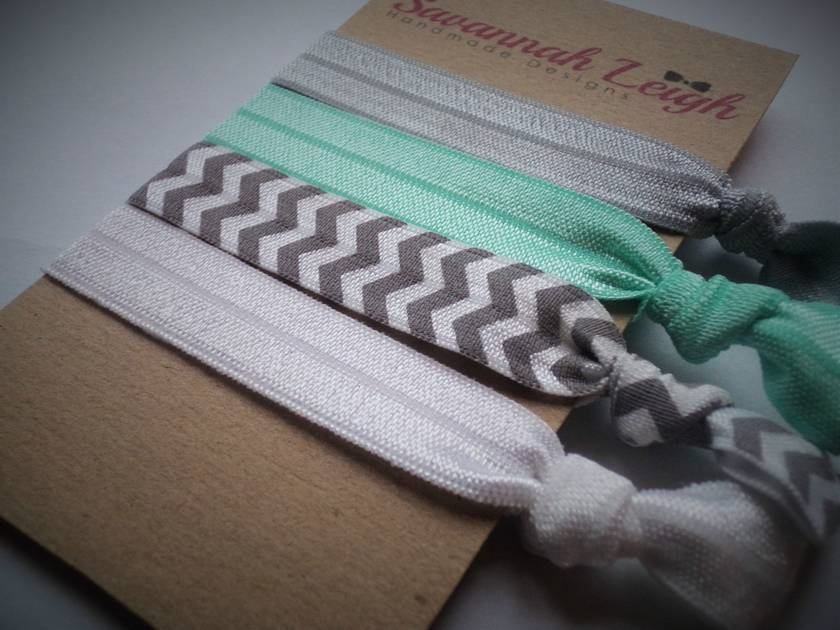 Grey turqouise and white knotted hair ties
