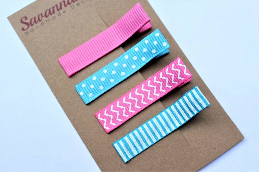 Blue and pink set of 4 hairclips