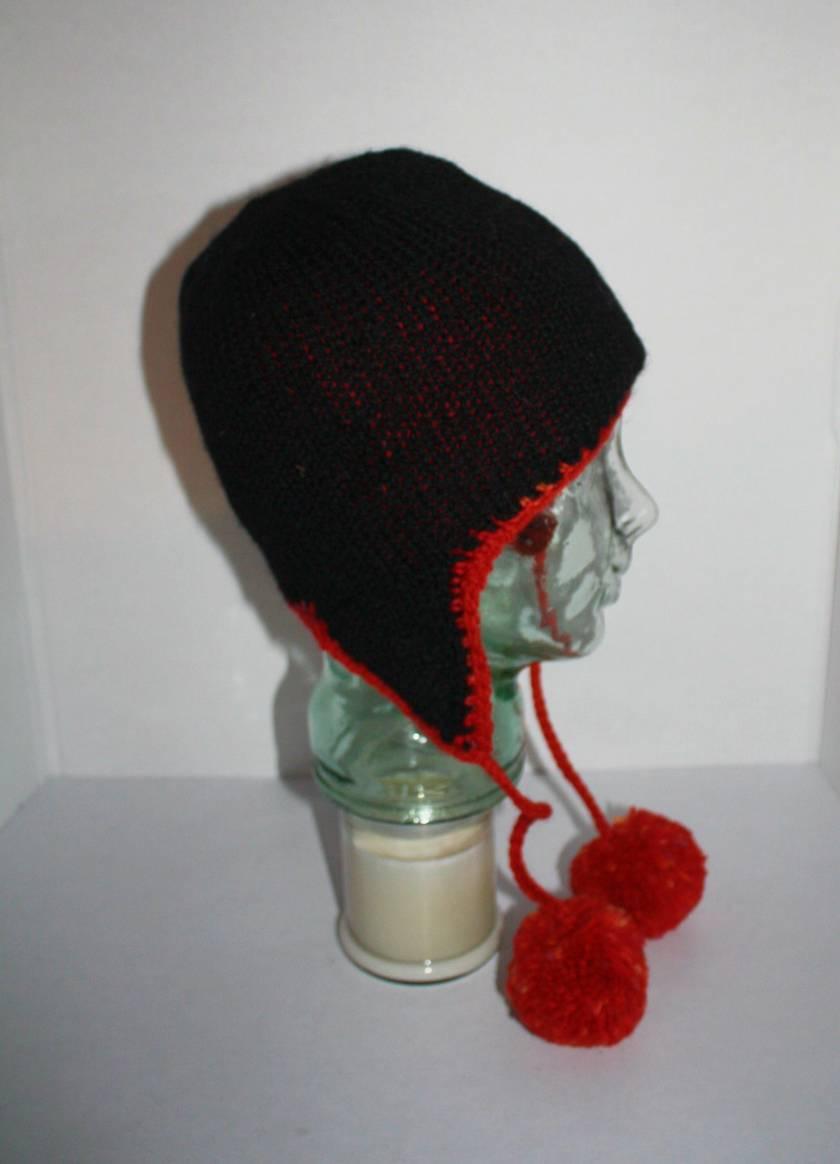 Pom pom Earflap Hat, Black