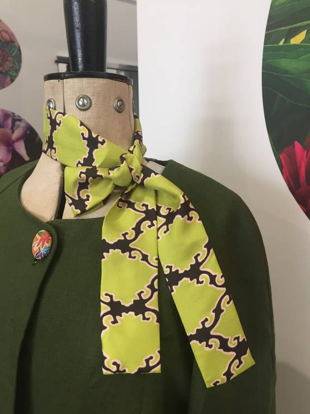 Skinny Silk - head or neck tie - Green