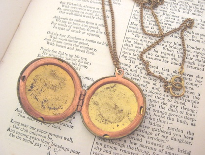 Vintage Basketweave Locket