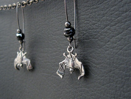 Bats At Midnight earrings: gorgeous pewter bats on long ear-wires, with black and silver beads