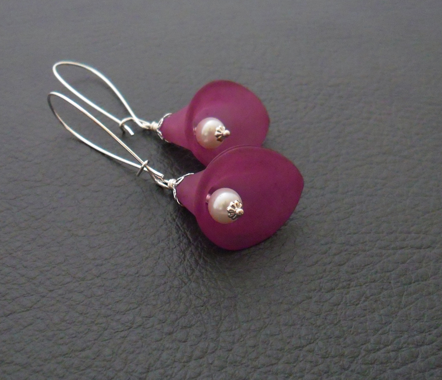 Plum Lily earrings: purple calla lilies with white glass ...