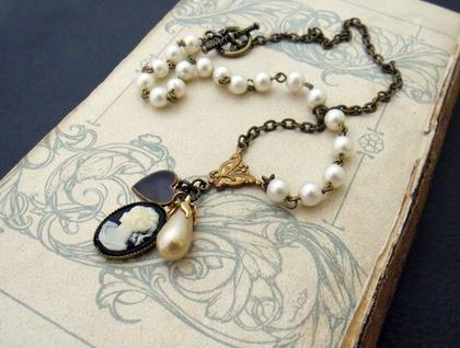 Amelie: cameo cluster necklace with faux pearls and vintage charms – one of a kind