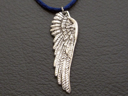 Argyros necklace: a lifelike, antiqued-silver coloured wing pendant on deep blue satin cord – last one!