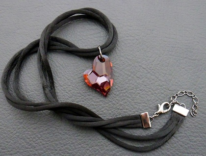 Valiant Heart necklace: sparkly, Swarovski crystal heart pendant in fiery red on black satin cords
