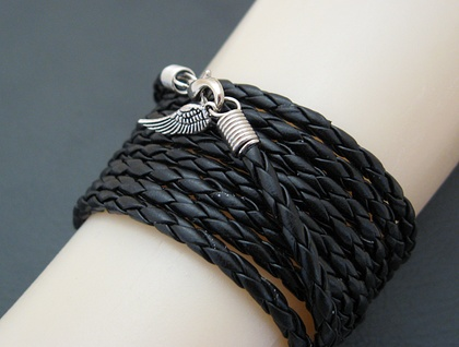 Leatheroid Wrap Bracelet: black imitation leather with silver-coloured clasp and angel wing