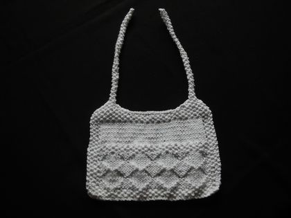 BIB - 0 - 3 MTHS SIZE KNITTED IN WHITE COTTON