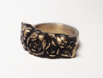 Chunky Antique-Look Bronze Rose Ring.