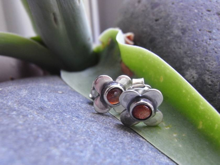 Sunstone and Silver Stud Earrings.