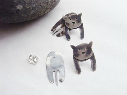 """Chillin' Cats"" Stud Earrings"