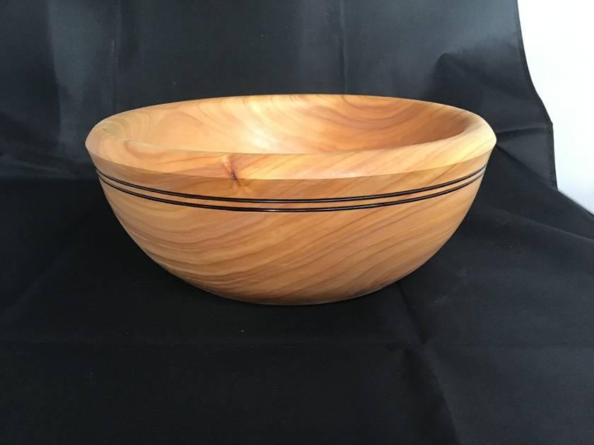 Salad bowl - Macrocarpa
