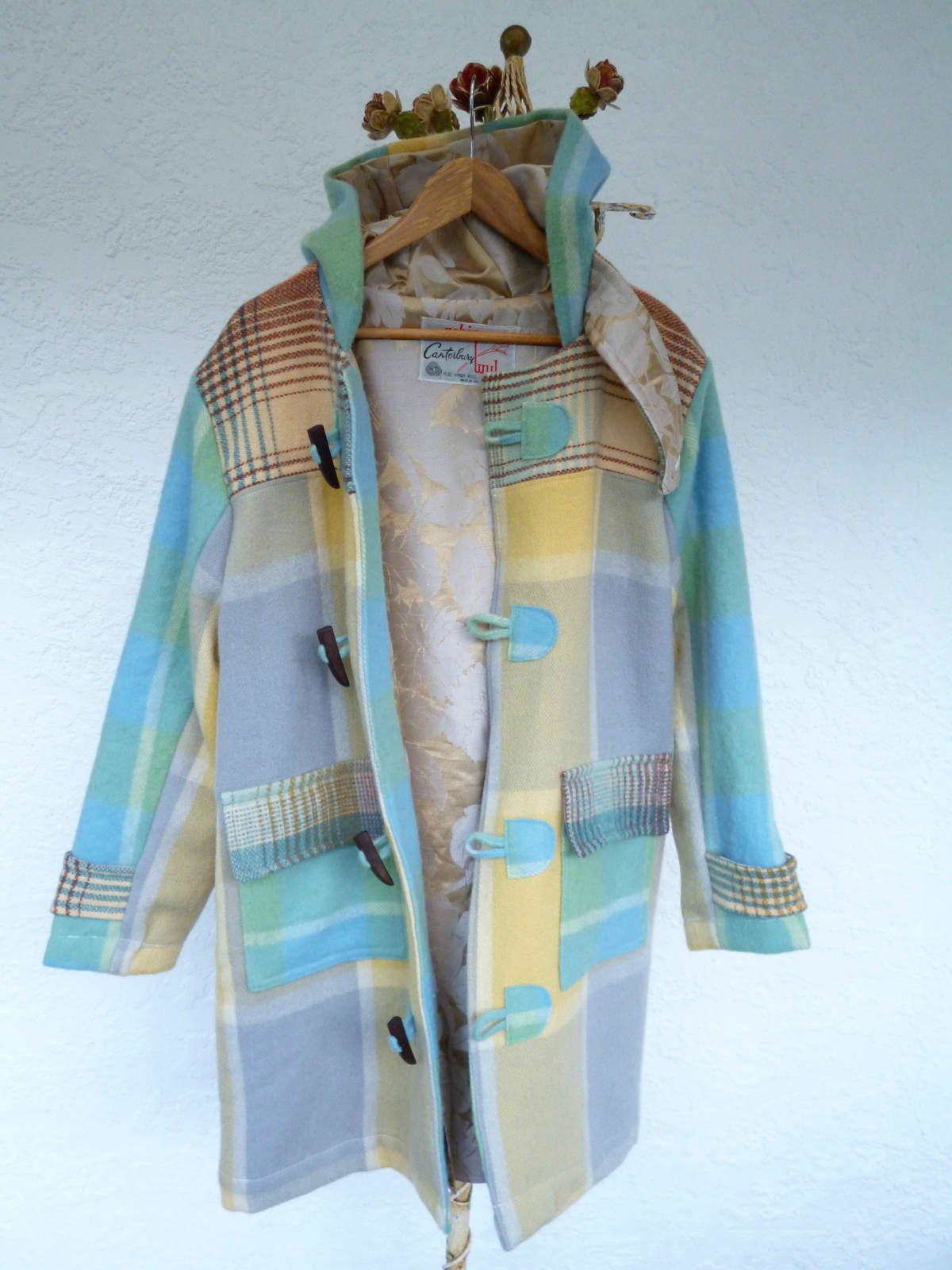 Re-purposed NZ Vintage Woollen Blanket(s) Duffle Coat   Felt