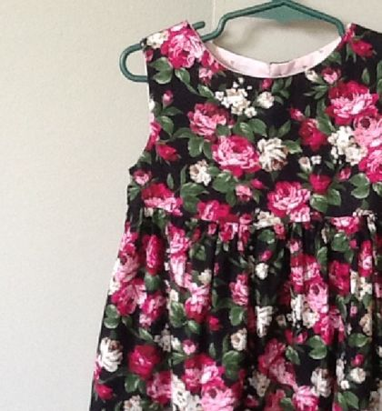 GORGEOUS COTTON ROSE FABRIC DRESS