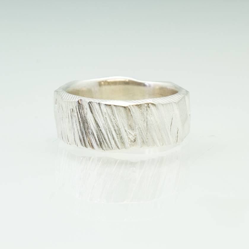 Pair of Bark textured rings in Sterling Silver