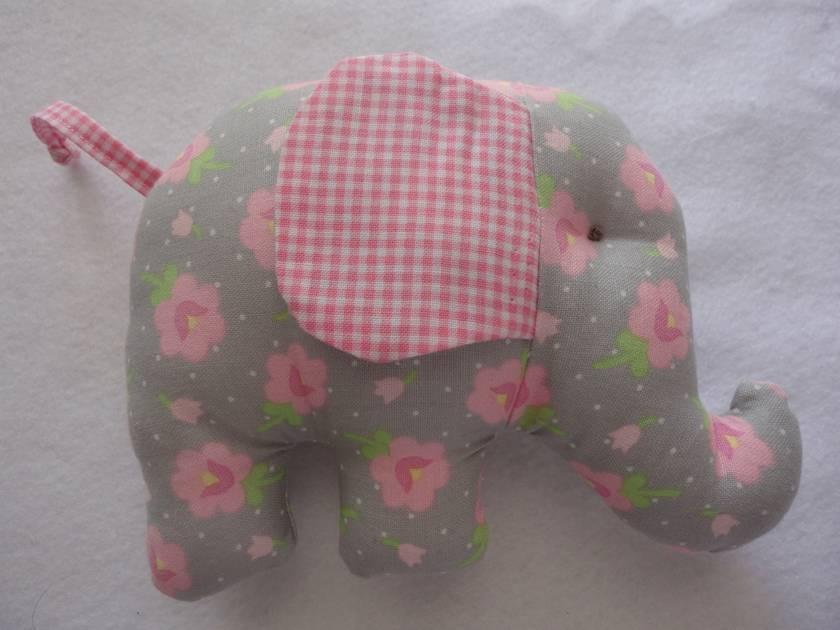 Sweet Elephant Rattle