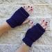 Log Cabin navy blue fingerless mitts – knitted from dark blue wool