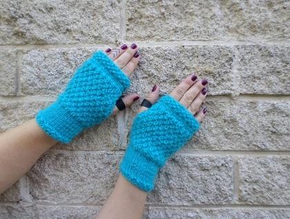 Log Cabin womens fingerless mitts – bright aqua blue wool