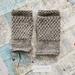 Log Cabin womens fingerless mitts – light grey wool