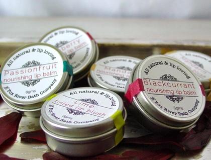 Organic nourishing lip balm with pomegranate oil