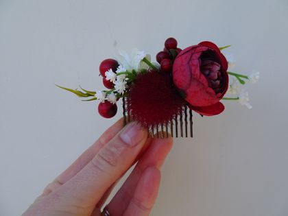 Red nature comb