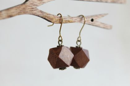 Beadsnknots: Modern Geometric Wooden Earrings