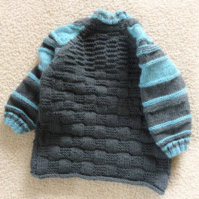 Wiggly woolly winter jersey in grey and aqua