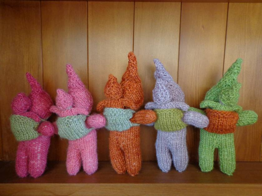 Natural-dyed Knitted Pixies