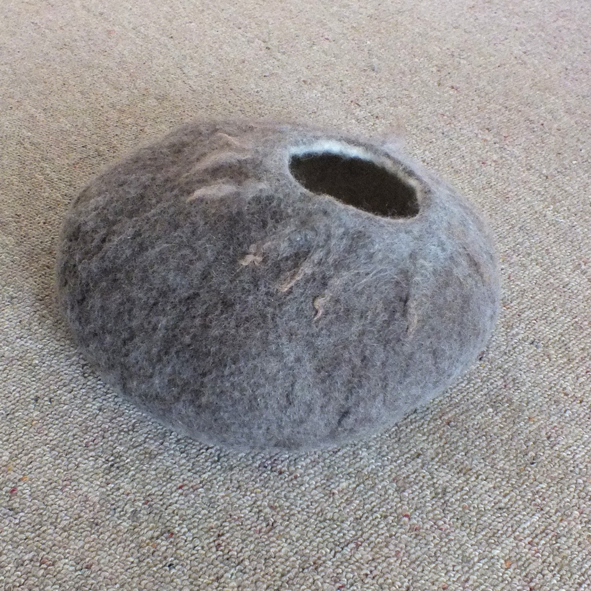 Cat Cave Size Large Pure Wool from South Island New Zealand Made to ...