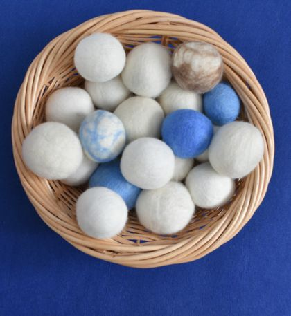 Eco-product Made in New Zealand laundry dryer balls Set of 3