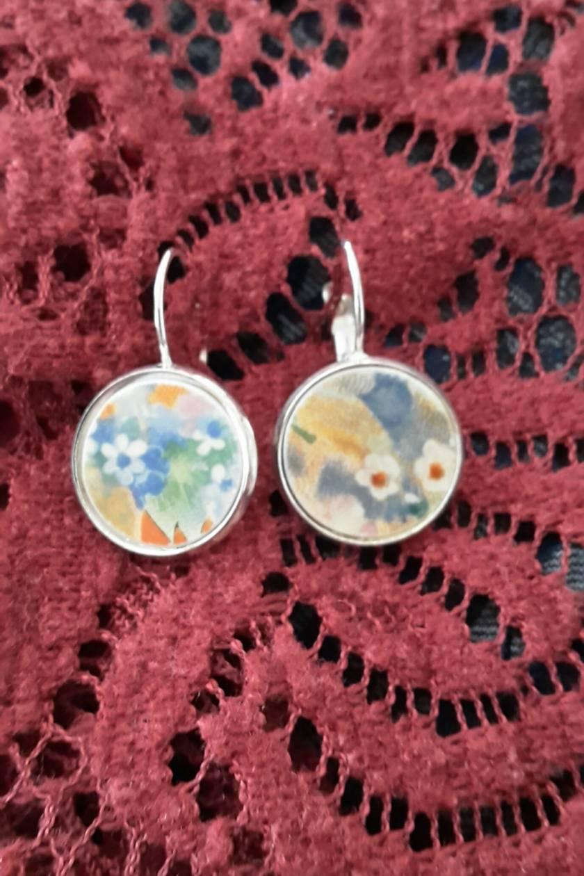 Misty Floral Earrings (E100))