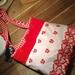 Tres chic red shoulder bag