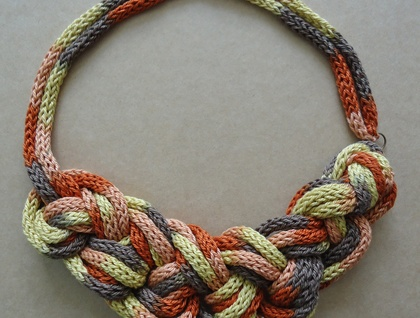 Brown tones chunky knitted and knotted necklace