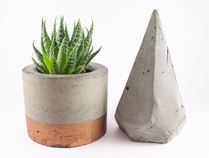 Paint dipped concrete planter pot - copper