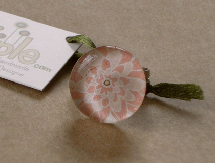 Glass Round Rosey Garden Ring