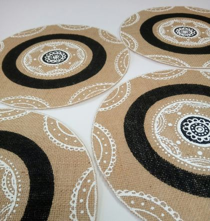 Hessian screen printed placemat