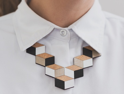 Cube necklace Rimu