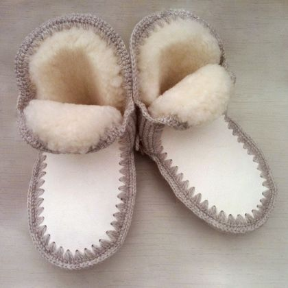 Bigger Kids NZ Sheepskin Chalet Slippers