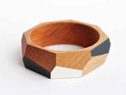 Geometric wooden bangle (65 or 70mm) + wood polish
