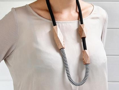 Rewarewa Rope Necklace — long