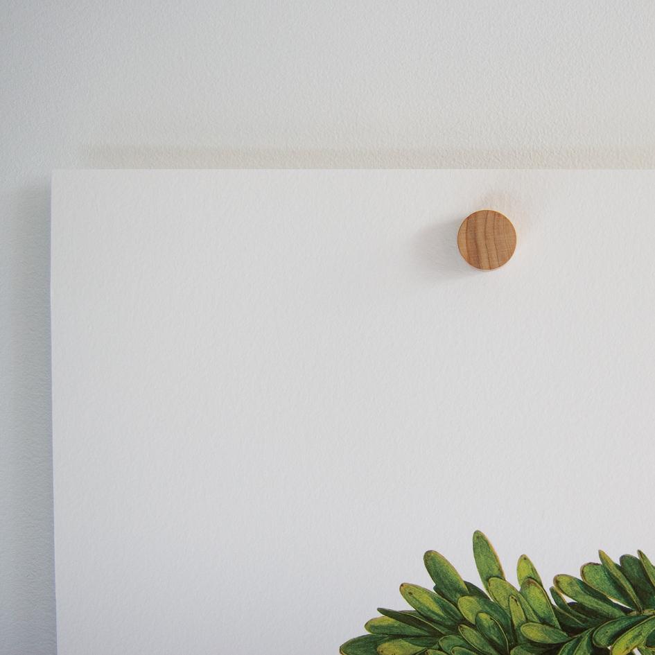 Magnetic Wooden Hanger Felt