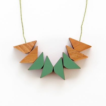Triangles Necklace x8