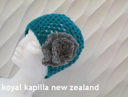 Retro Vintage crochert hat with flower by koyal kapilla nz Green Grey