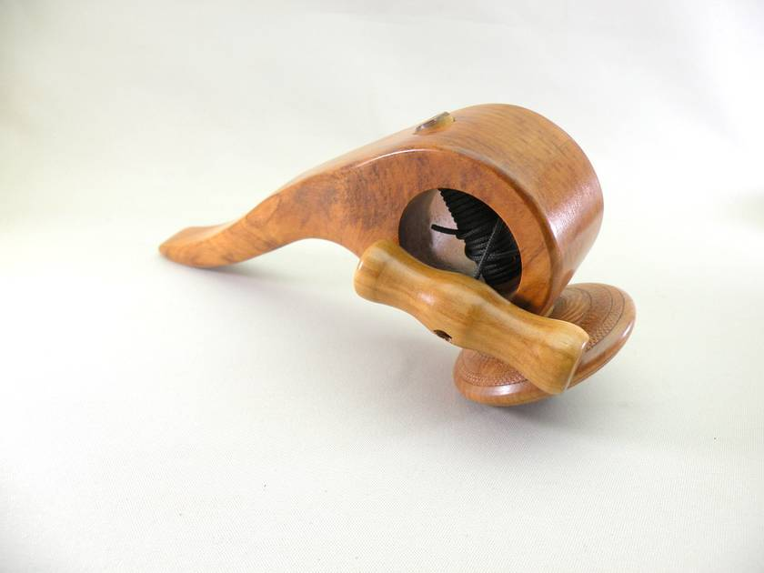 Old school Pull Handle Spinning Top
