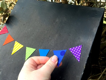 letterbox bunting magnets!